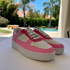 MonoChrome pink nike look alikes